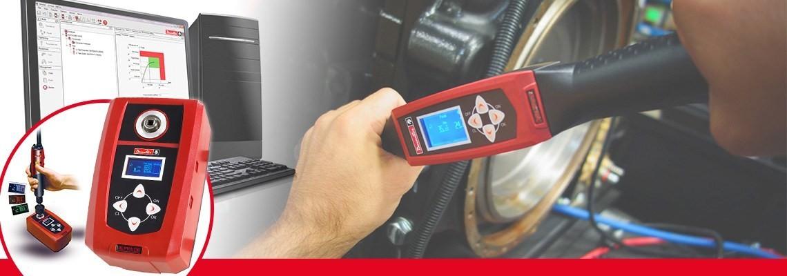 Il tester digitale Alpha di coppia della Desoutter Industrial Tools ti consente di monitorare e raccogliere i risultati del controllo di coppia da cacciaviti, chiavi dinamometriche o  chiavi a scatto.